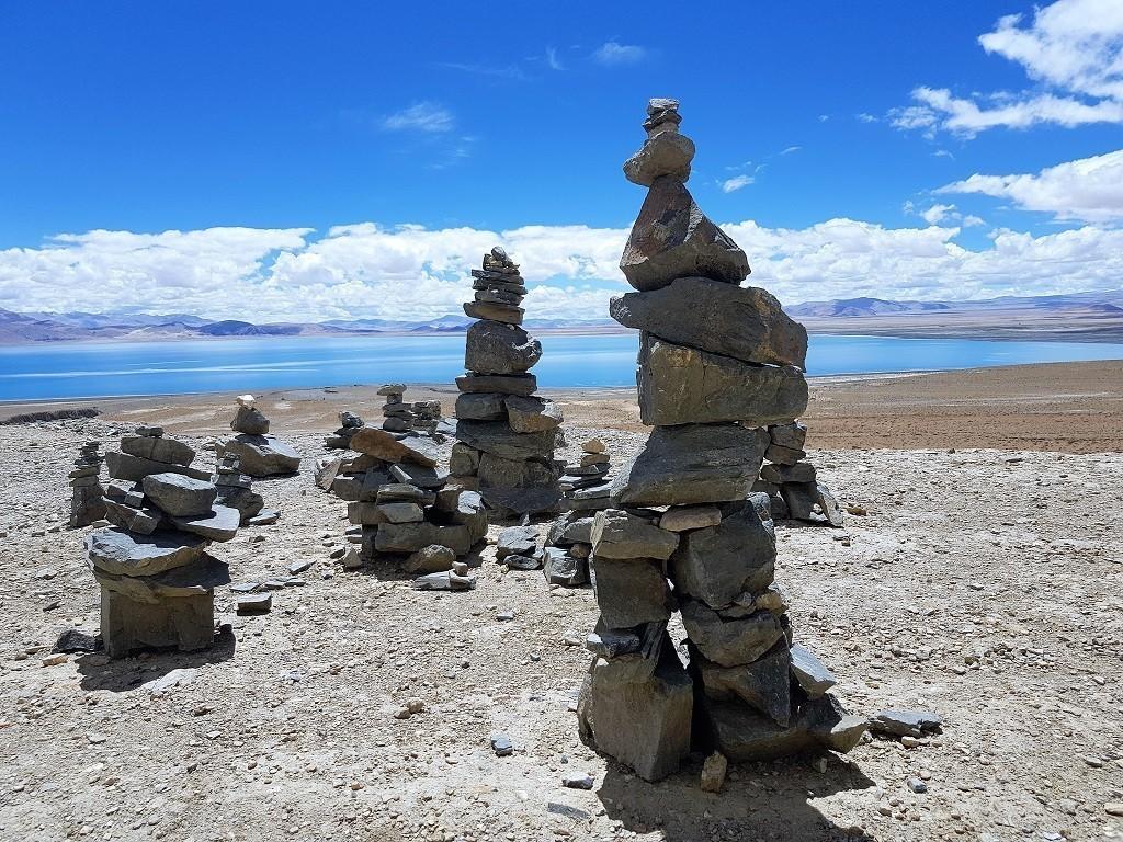 Tibet traumhafte Landschaft mit Seen