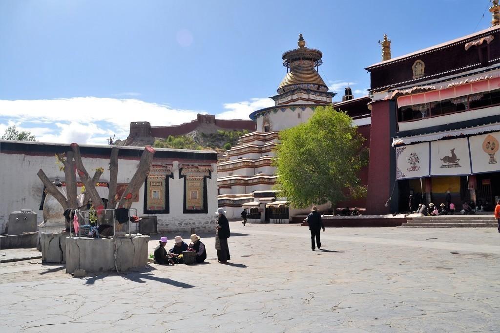 Klosterbesichtigung Gyantse Kumbum