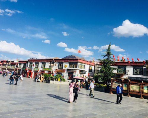 Platz vor dem Jokhang Tempel