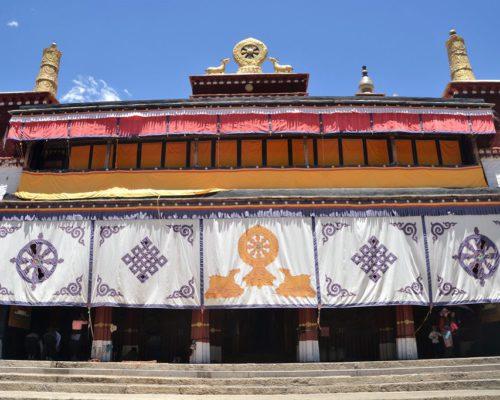 Gebäude im Kloster