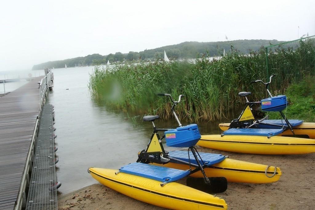 HydroBikes am Wasser