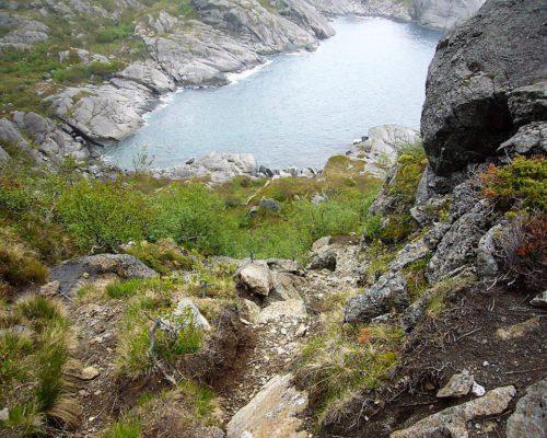 Landschaft bei Wandertour von Nesland zum Nußfjord