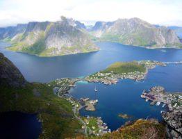 MS WellTravel_Reine_Norwegen