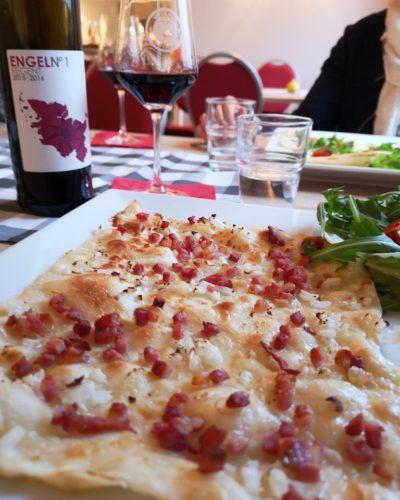 Weinprobe und Flammkuchen