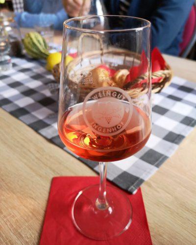 Weinprobe im Gasthaus