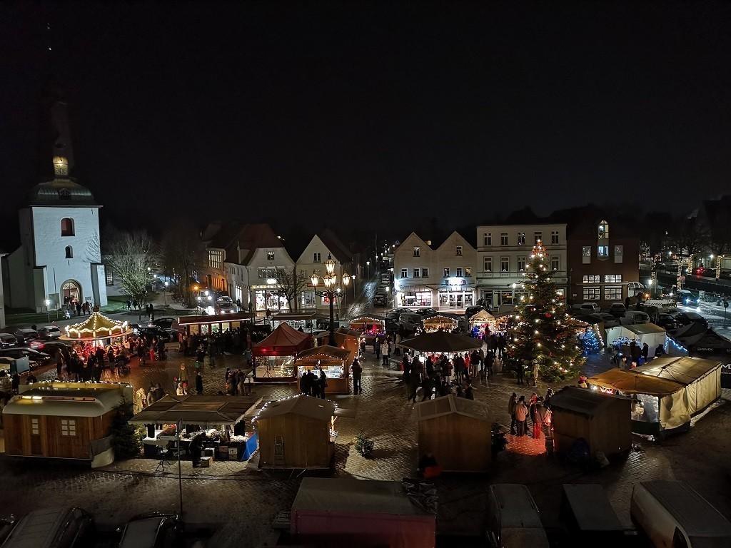 Glückstädter Weihnachtsmarkt am 3. Adventswochenende