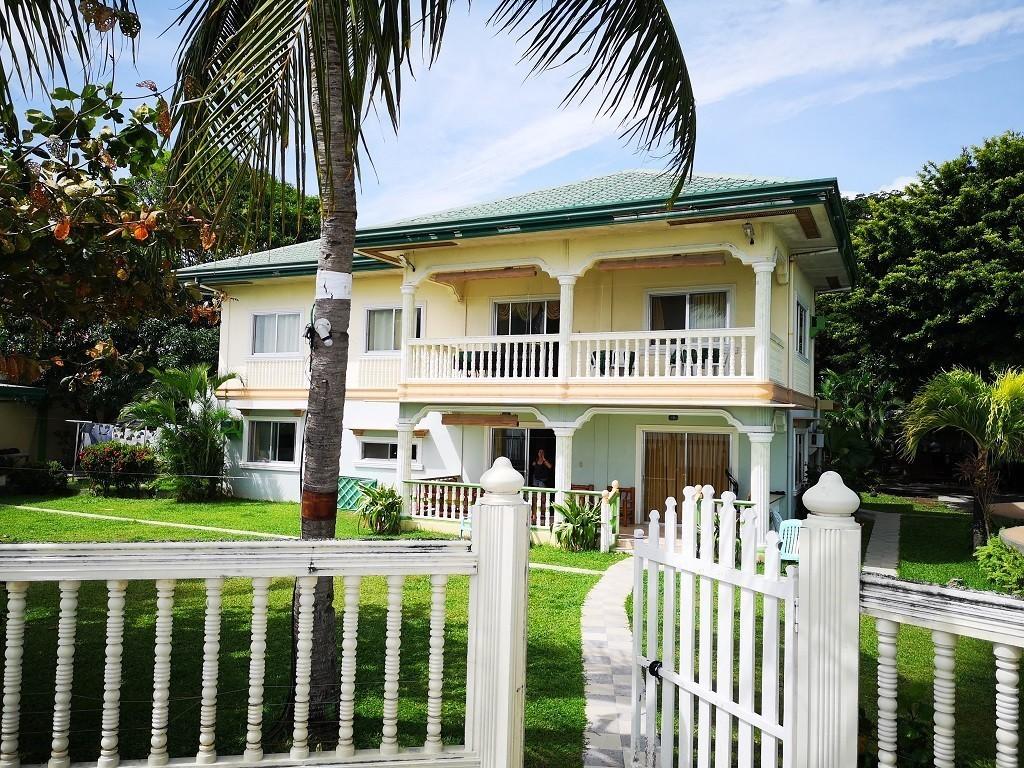 D&D Family Beach Resort