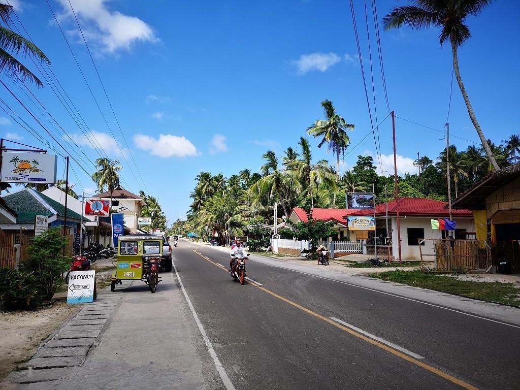 Straße und Häuser auf der Insel