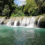 Baden im See vom Wasserfall