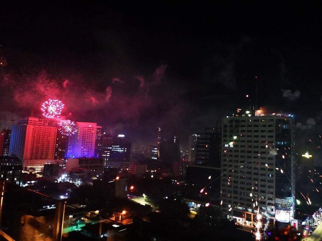 Feuerwerk von der Roof Top Bar