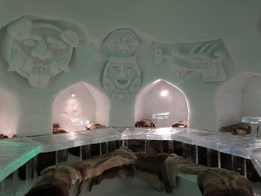 Restaurant im Alpeniglu