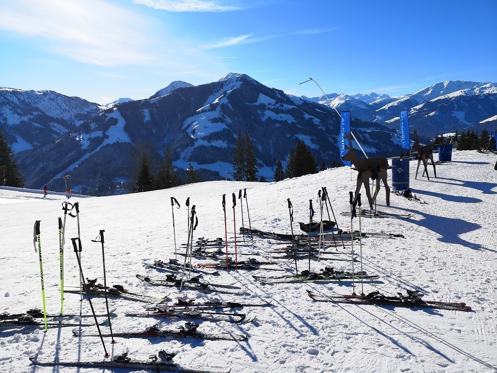 Ankunft beim Alpeniglu