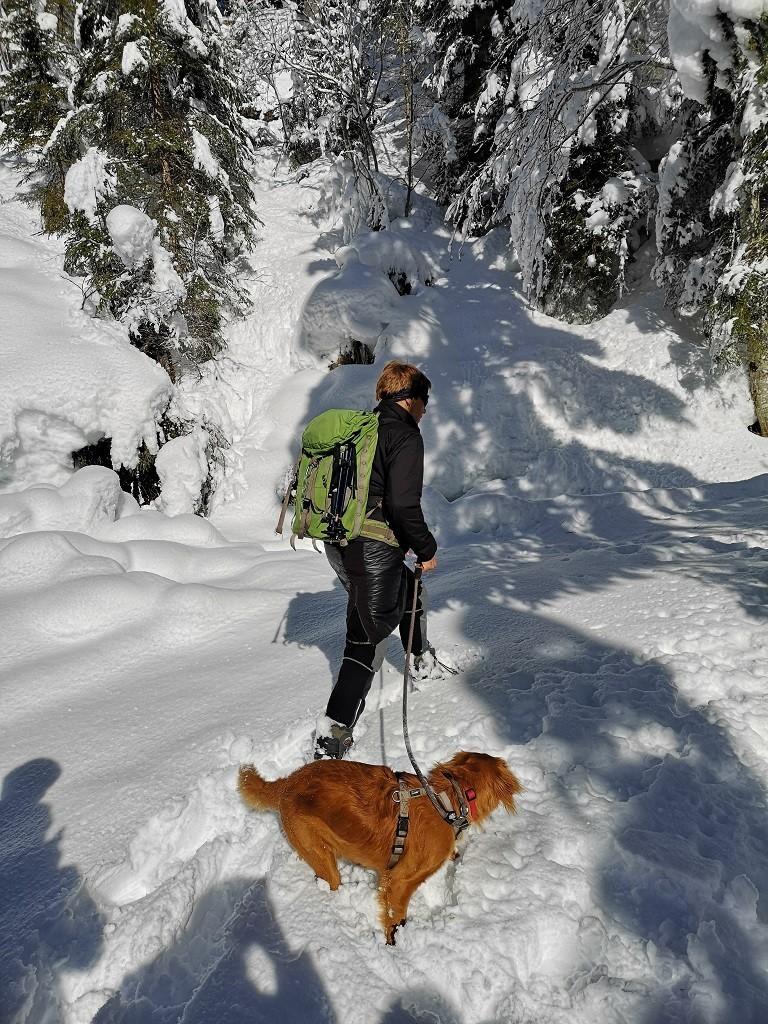 Wanderführerin Lous und ihr Hund