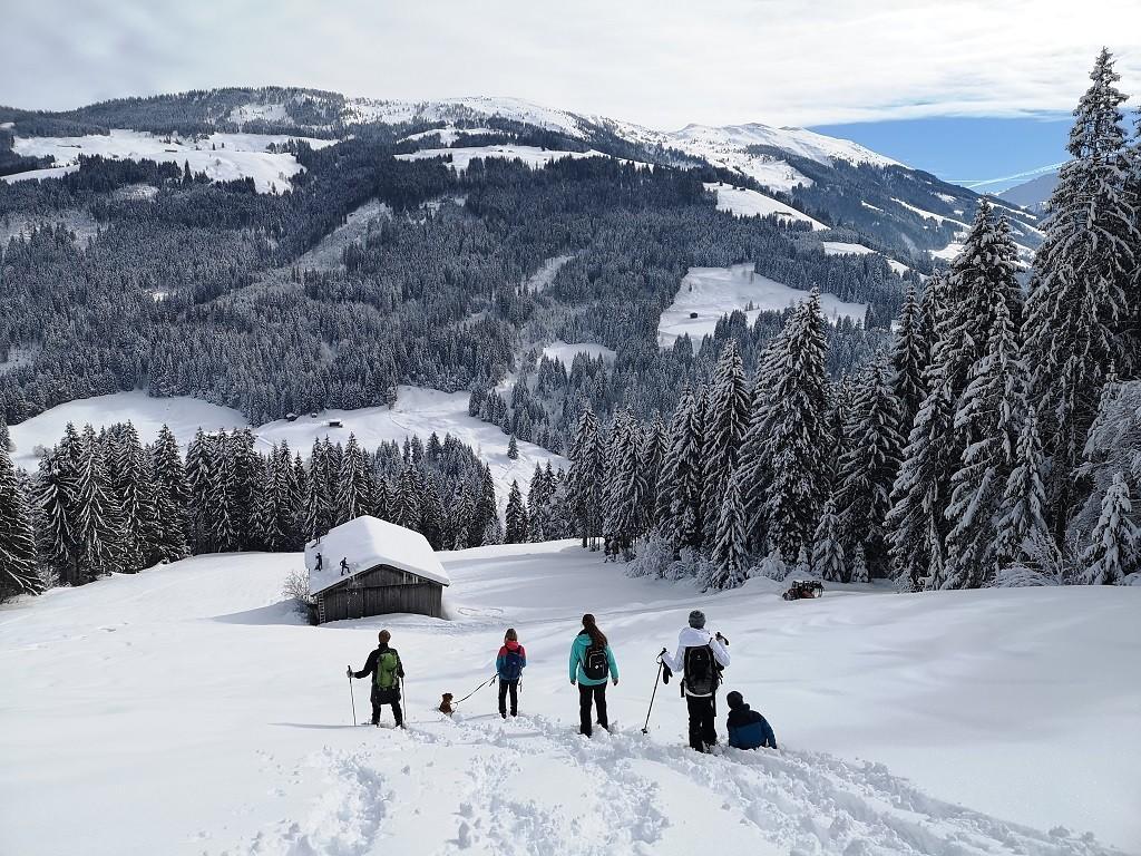 Schneeschuhwanderung ins Tal