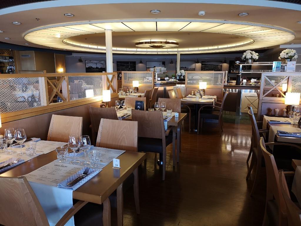 Restaurant auf der Kreuzfahrt