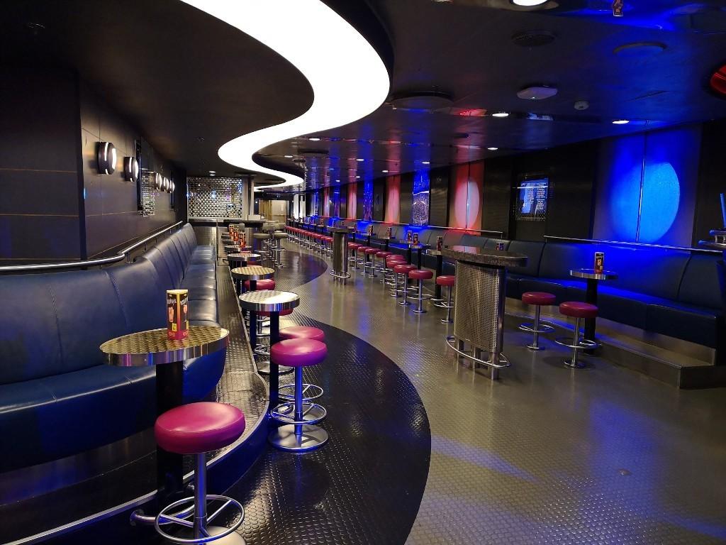 Lets Party! Discobereich auf dem Schiff