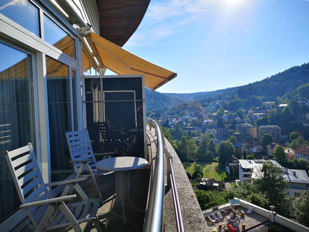 Balkon-Ausblick vom Schwarzwald Panorama