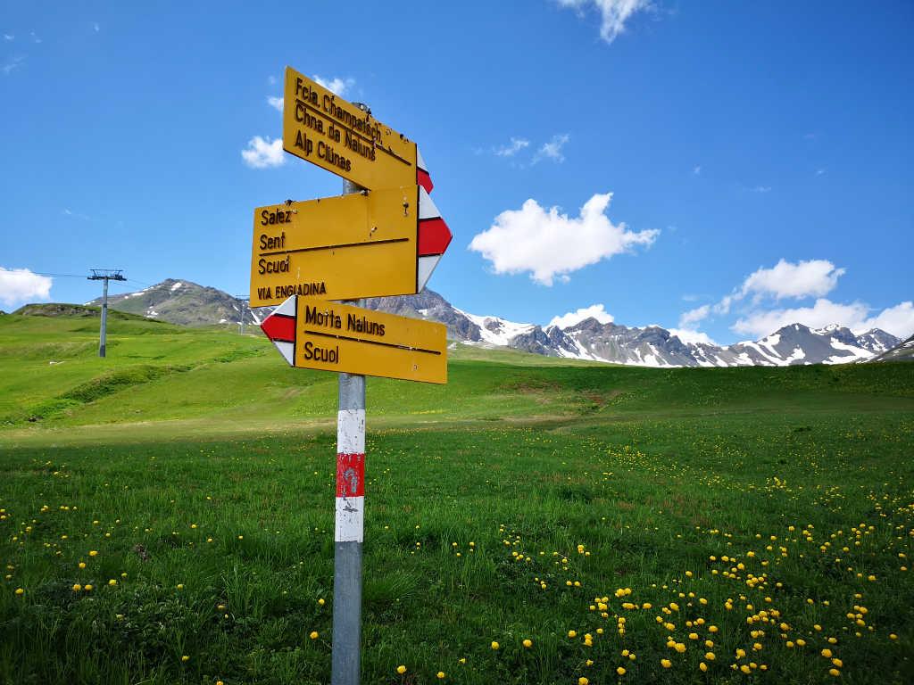 Von der Bergstation ins Tal wandern
