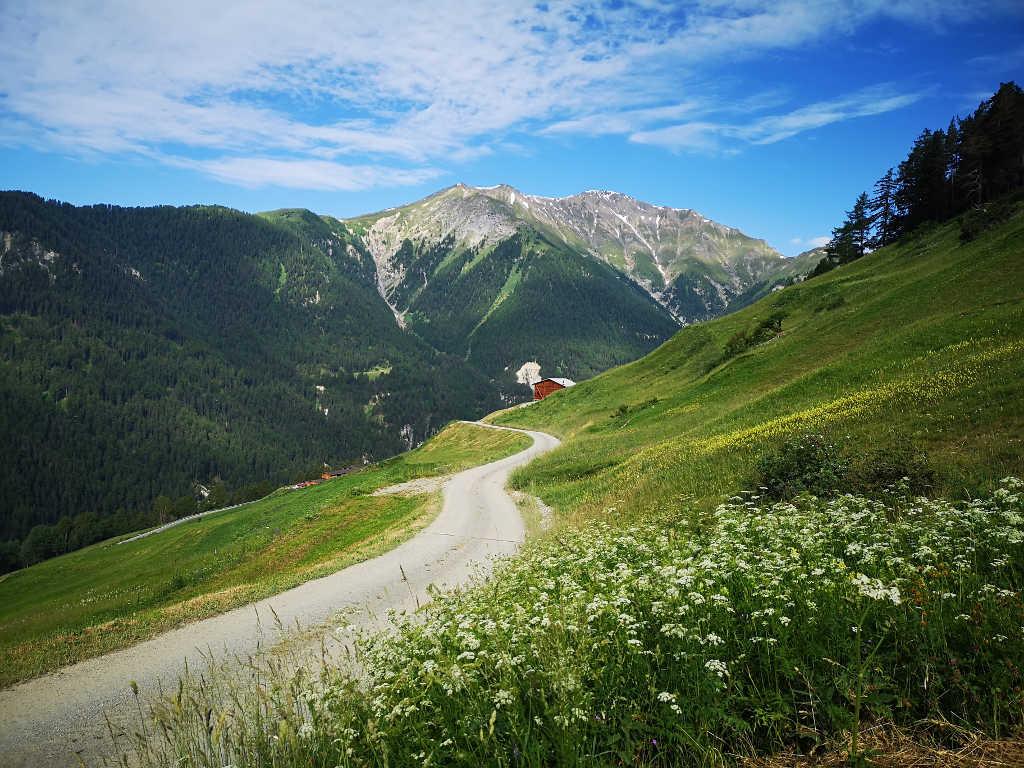Weitwanderweg Via Engiadina ab Vnà