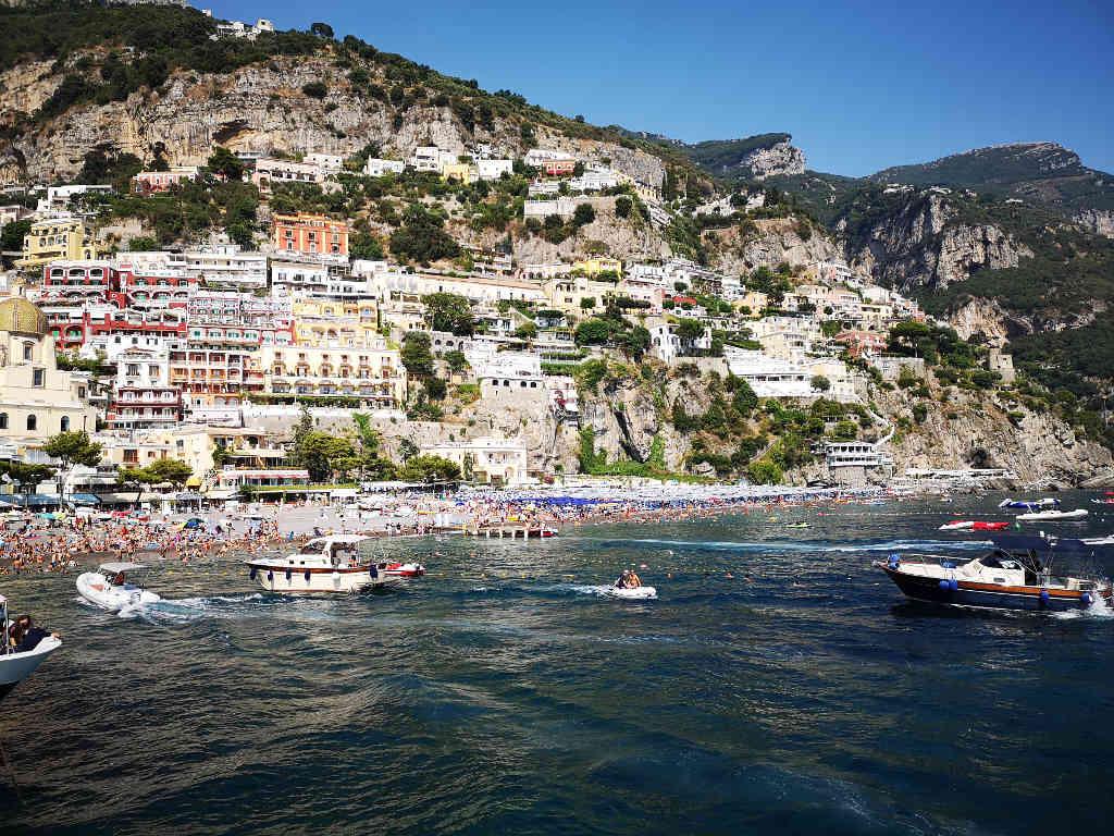 Mit der Fähre von Positano nach Amalfi
