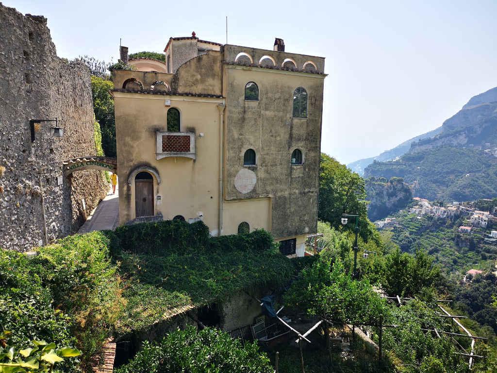 In Ravello auf dem Weg zur Villa Cimbrone