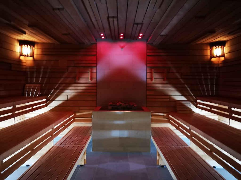 Saunabereich auf zwei Ebenen