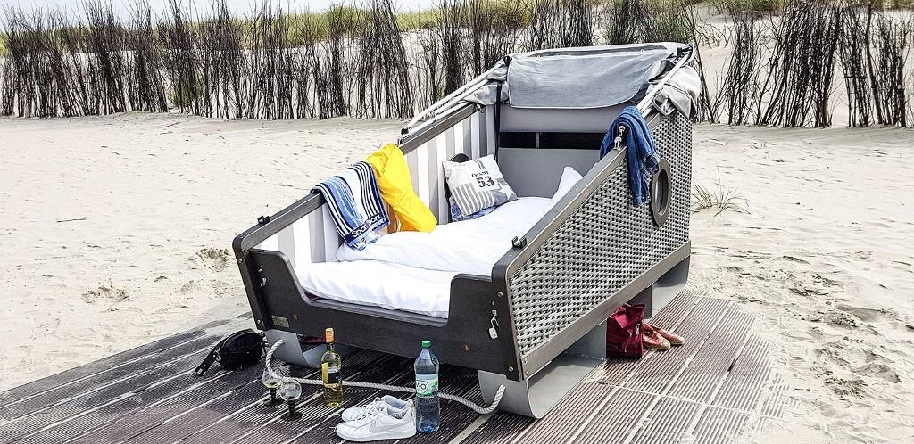 Norderney: Strandkorbschlafen unterm Sternenhimmel ©Linie5