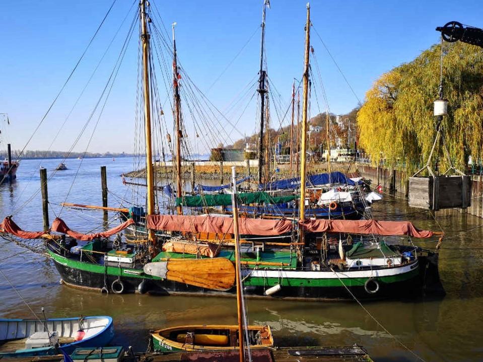 Övelgönne an der Elbe