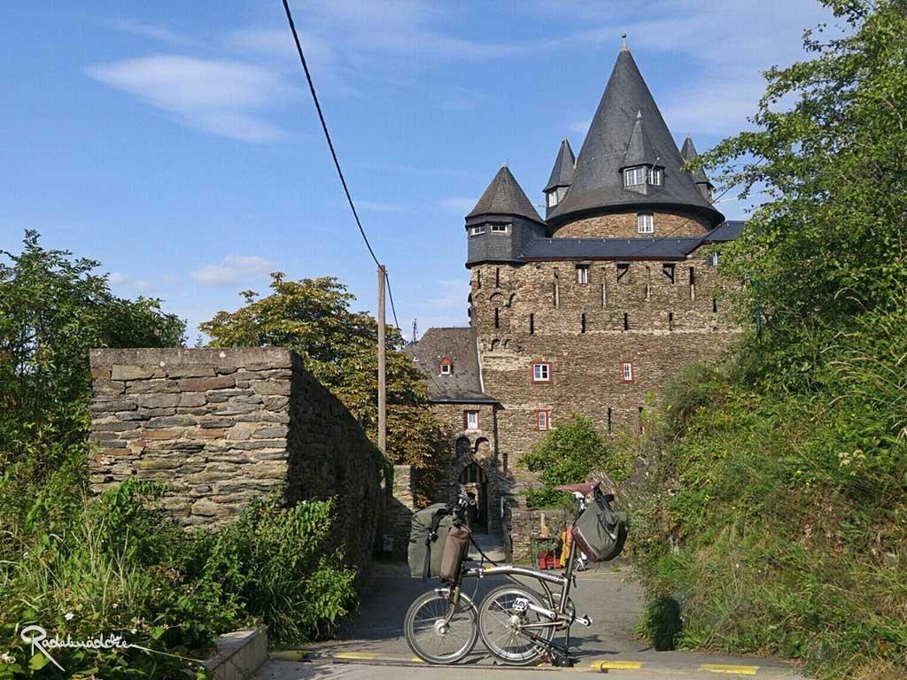 Burg & Jugendherberge Steineck, Bacharach am Rhein ©Radelmädchen