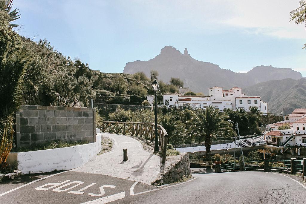 Die weißen Häuser vom Bergdorf Tejeda ©Outdoornomaden