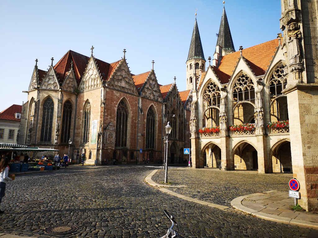 Altstadtrathaus und St. Martini-Kirche