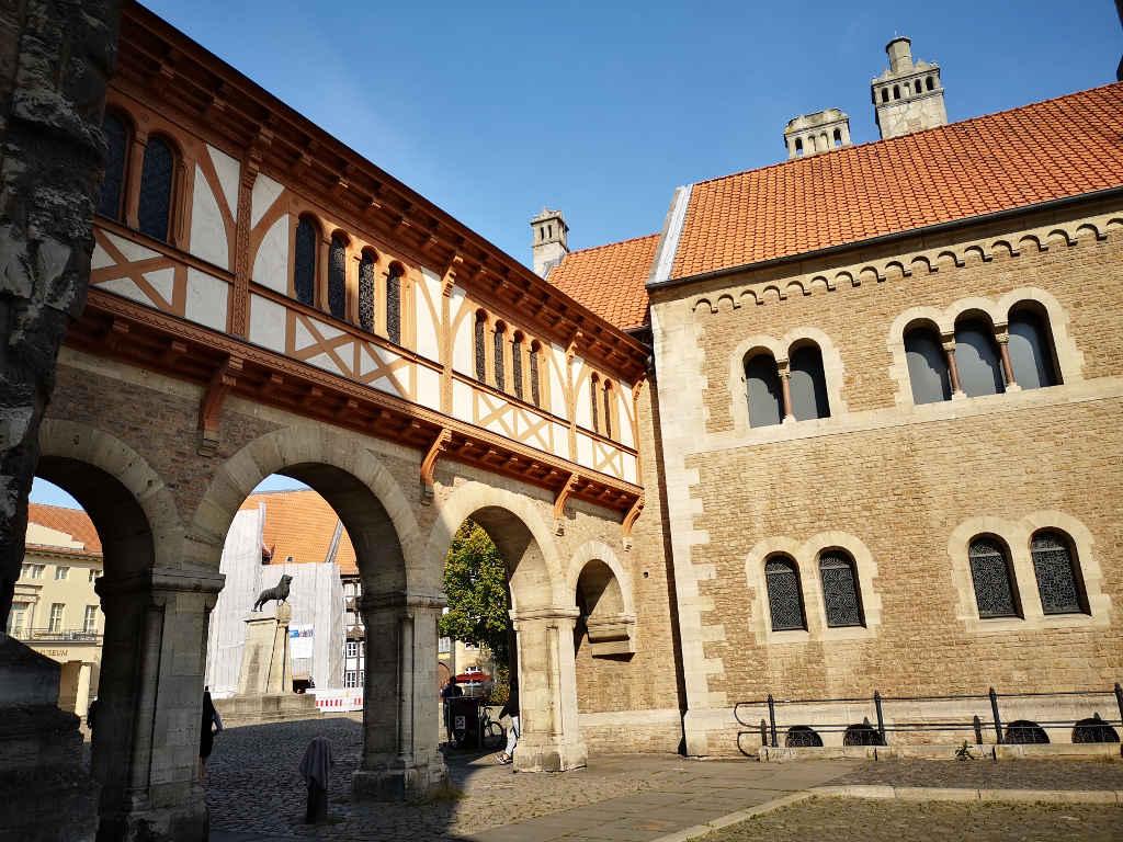 Burg Dankwarderode und Braunschweiger Löwe