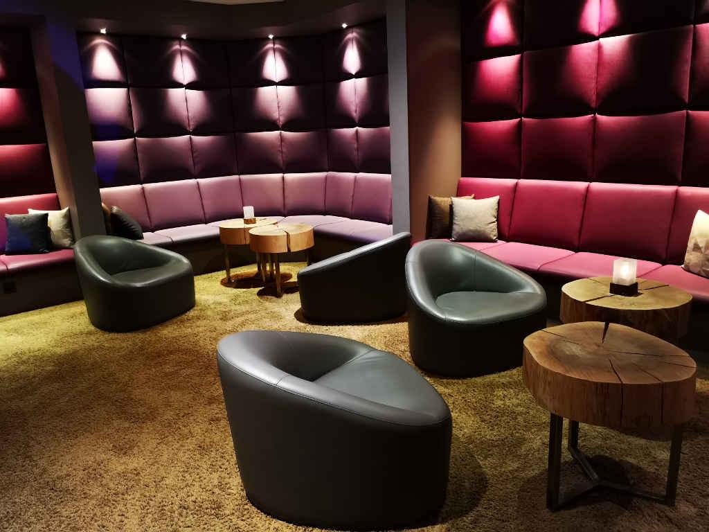 Loungebar im FourSide Hotel