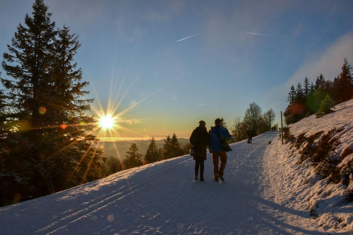 Sonnenuntergangs-Wanderung am Feldberg ©Travelsanne