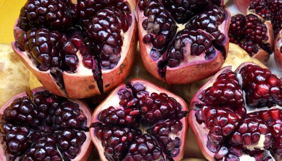 Bei einer Fastenkur Obst und Gemüse - Granatapfel