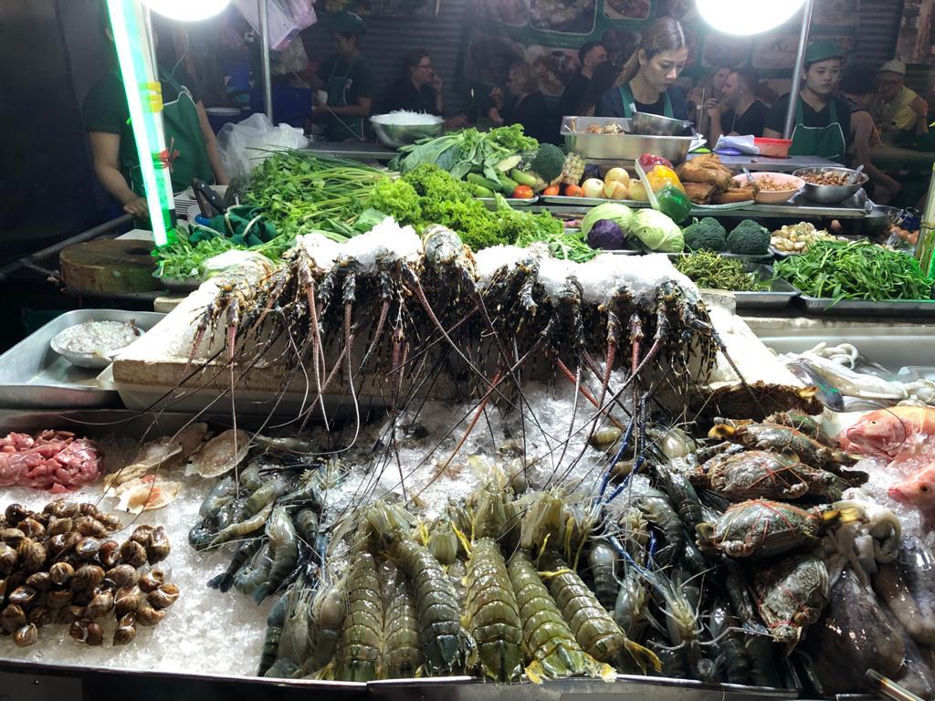 Im Urlaub auf rohen Fisch verzichten